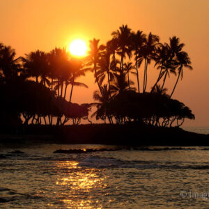 Big Island Sunset - Hawaii; 'Editor's Pick' from BetterPhoto.com; also was featured on Shutterbug Magazine's Facebook page